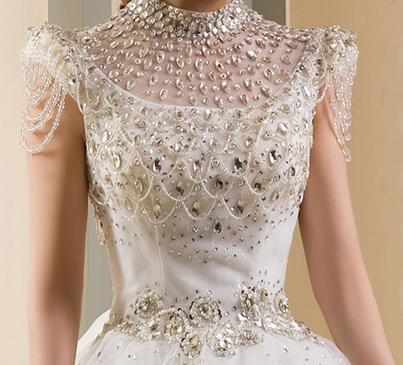 Top 10 Most Expensive Wedding Dresses: Diamonds, Silk & Platinum ...