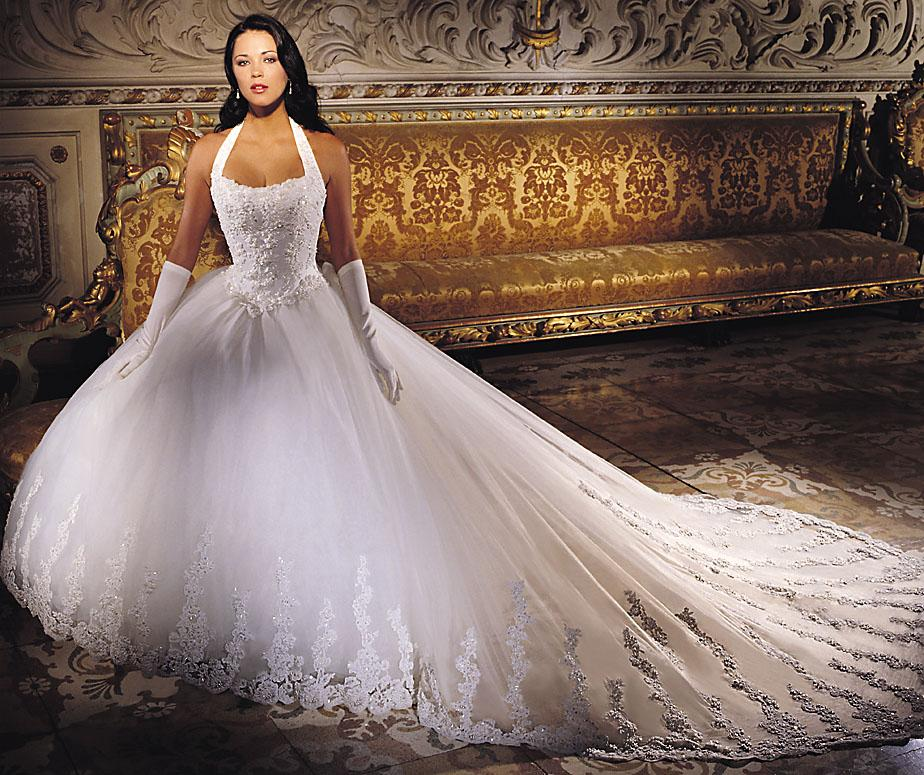 Top 10 Most Expensive Wedding Dresses: Diamonds, Silk & Platinum