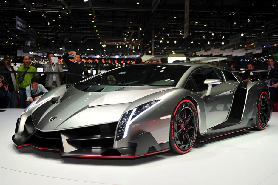 How Much Does A Lamborghini Veneno Cost >> The World's Most Expensive Cars: Vintage, Celebrity & Movie Specials - Financesonline.com