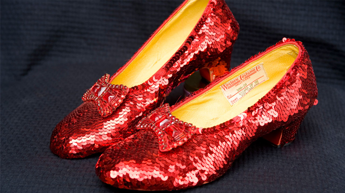 The pair is a replica of the ones worn by Dorothy in The Wizard of Oz d71d82f4a
