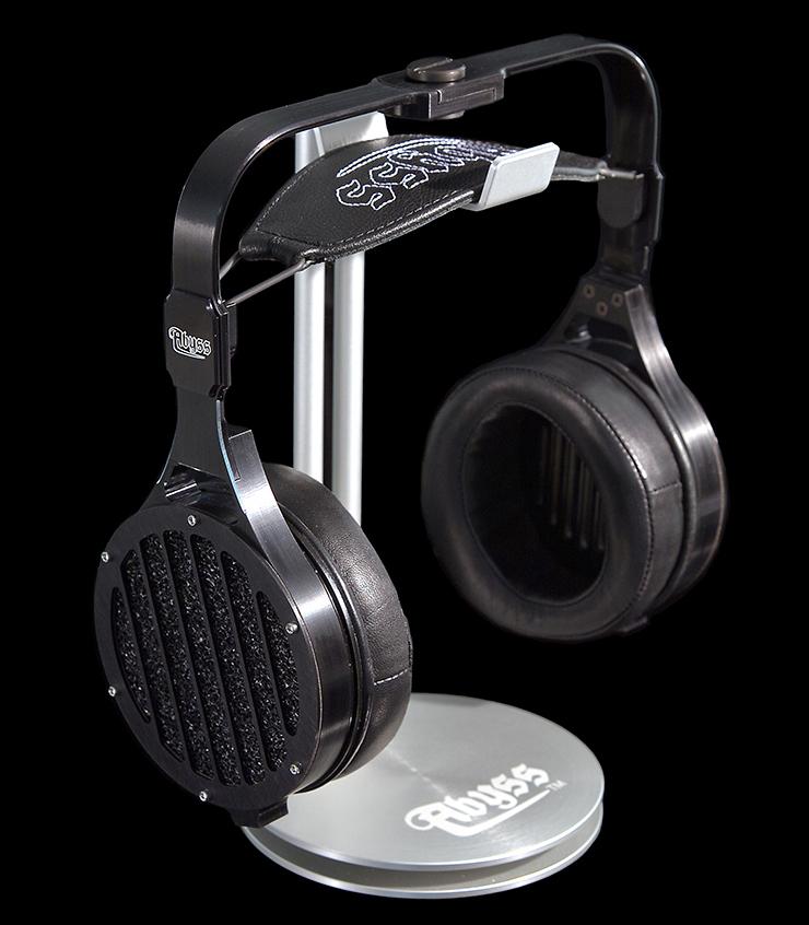 the invention of the headphone revolutionized audio entertainment