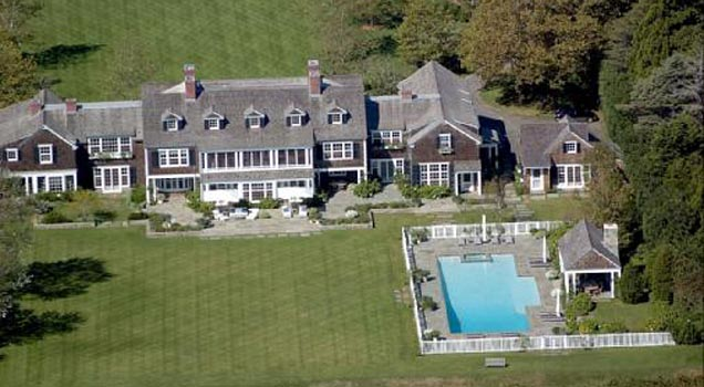 10 Luxurious Celebrity Homes with Outrageous Features: From
