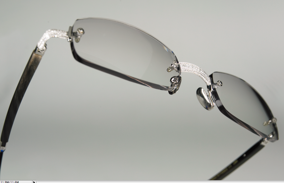 Black Frame Glasses With Diamonds : 10 Most Expensive Sunglasses In The World: Cartier, Dolce ...